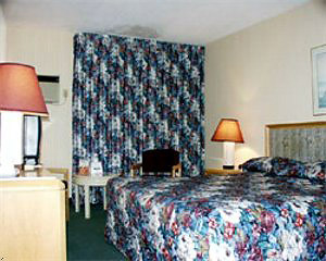 Days Inn Fallsview room