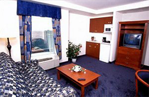 Days Inn suite